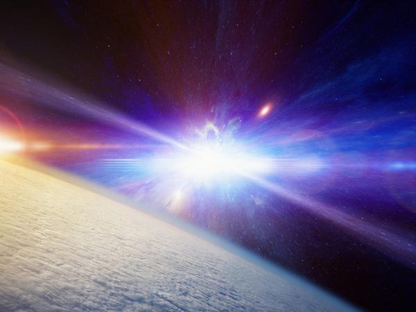 1 năm ánh sáng bằng bao nhiêu km